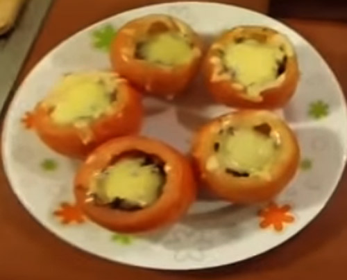 Tomatos stuffed11